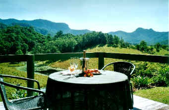 hillcrest bed and breakfast for romantic peaceful accommodation near crystal creek miniatures